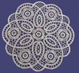 Bruges Flower Lace Mat
